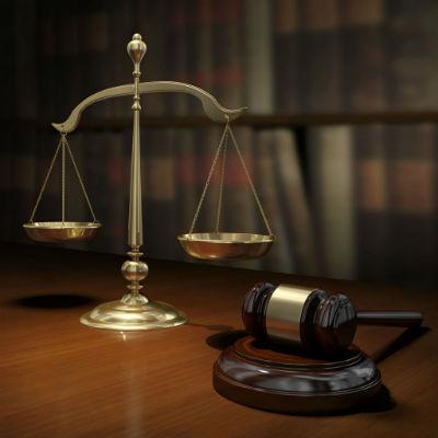 Консультация и профессиональной помощь адвокатов